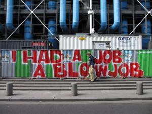 13-08-26-GRAFFITI-ParisIV-rueBeaubourg-archyves